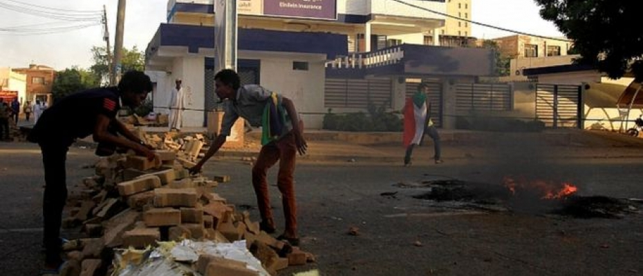 Barricades have been set up across the capital, Khartoum, but the military says they hinder negotiations. Courtesy photo