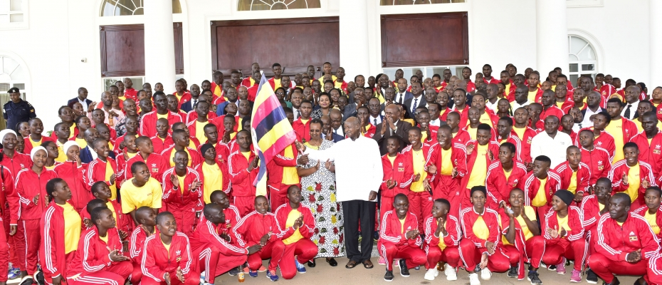 Museveni flags off students for EA Secondary Schools' games. PPU photo