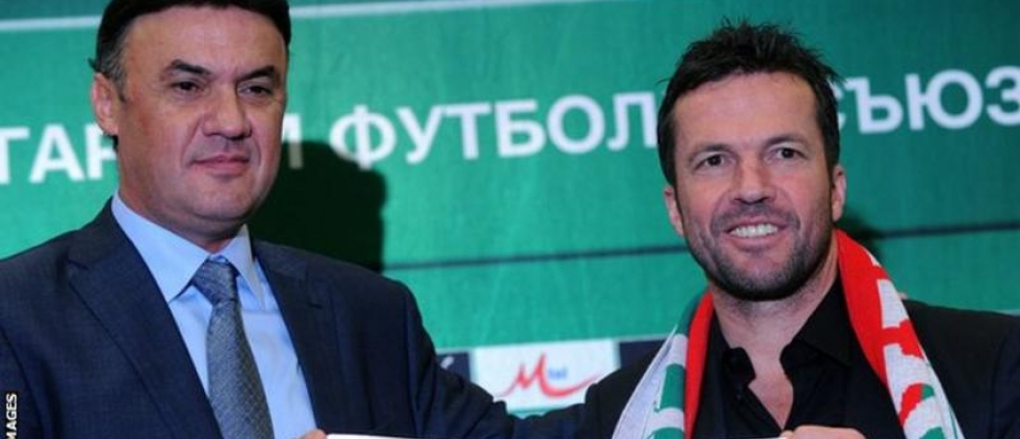 BFU president Borislav Mihaylov (left) played 102 matches for the Bulgaria national team. Courtesy photo