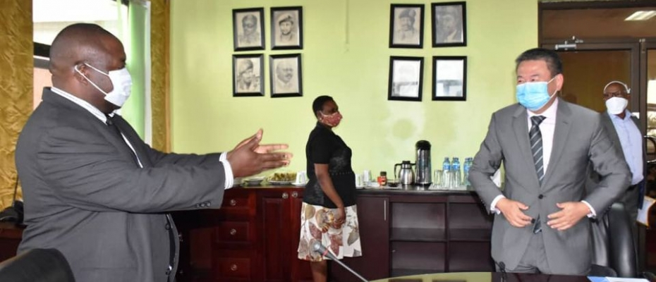 Defence minister Mwesige meets UN special envoy