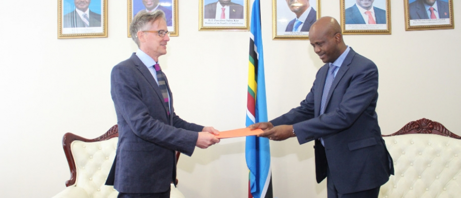 Ambassador Mfumukeko made the remarks while receiving credentials from David Concar, the British high commissioner to Tanzania and Didier Chassot, the Swiss ambassador to Tanzania.
