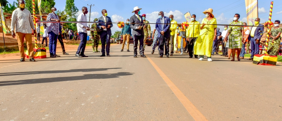 President Museveni at the commissioning of the road