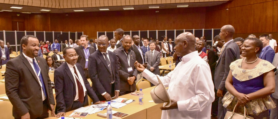 President Museveni interacts with delegates at the oil summit. PPU photo