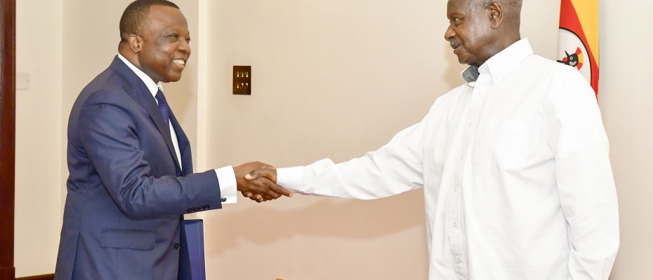 President Museveni chats with New French Ambassador to Uganda Jules Armand Aniambossou. PPU Photo