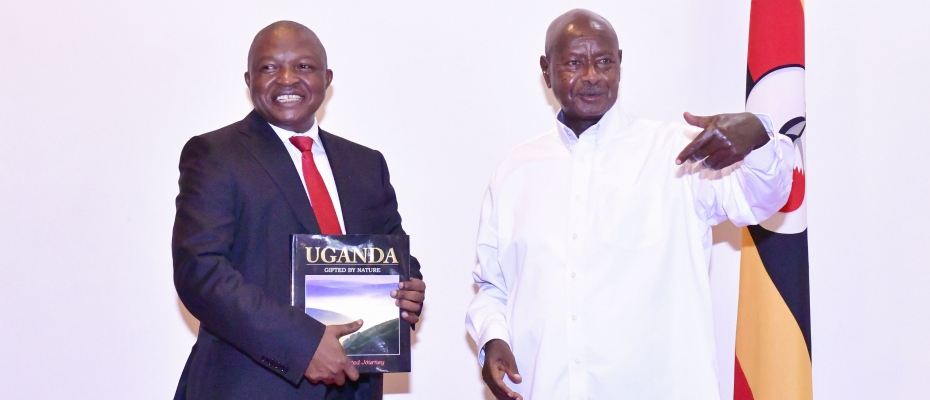 Museveni chats with South African Deputy President David Dabede Mabuza shortly after his arrival on Wednesday. PPU photo