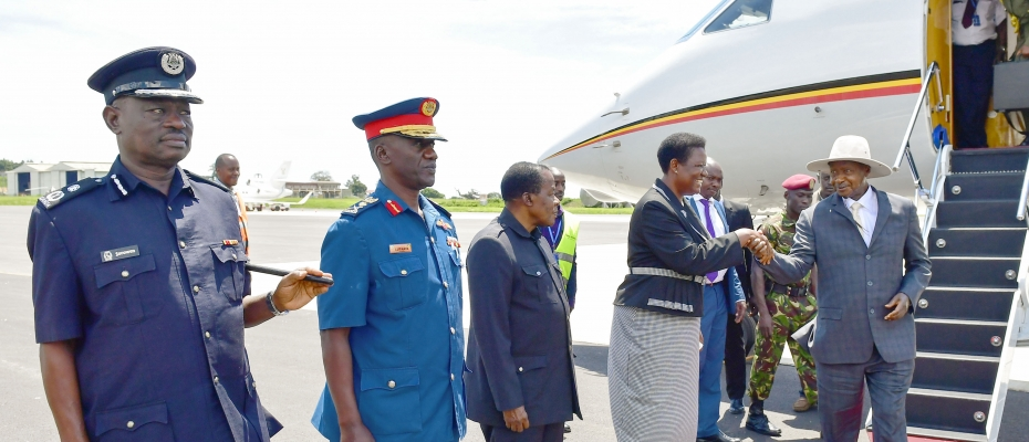 Museveni being received by Presidency Mr Esther Mbayo at Entebbe Airport. PPU Photo