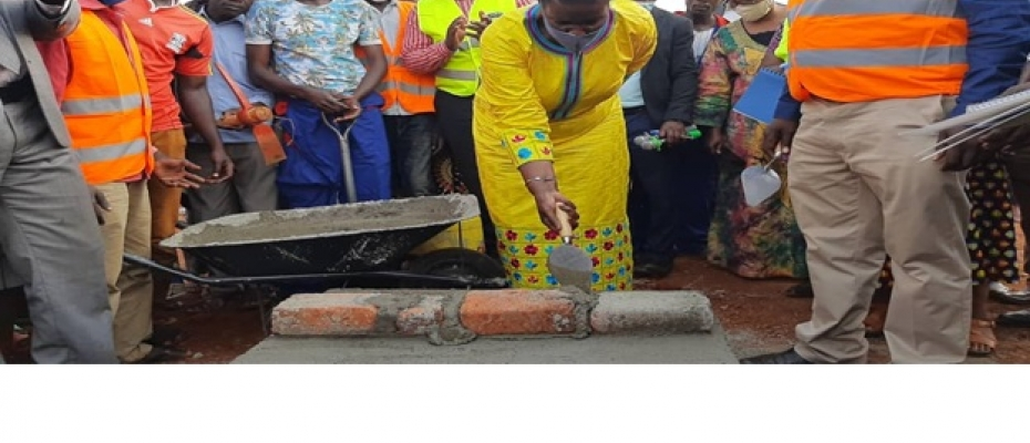 Amelia Kyambadde commissioning one of the projects